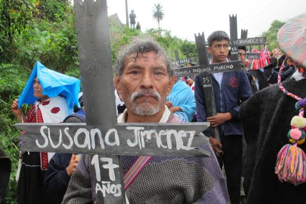 """""""Denunciamos ante el pueblo de México y el mundo, que los paramilitares de Chenalhó, ya están reactivados"""": sobrevivientes. Foto: Ángeles Mariscal/Chiapas PARALELO"""