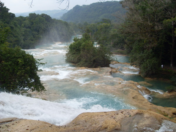 El agua, finita, limitada e imprescindible para la vida. Foto: Cascadas de Agua Azul/Cortesía Conanp