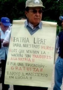 Es traición a la patria la reforma educativa acusaron los docentes. Foto: Chiapas Paralelo