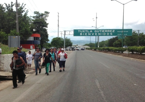 Bloqueos, tomas de puentes internacionales fronterizos, el Puente Chiapas, tomas de casetas de cobro y bloqueos en cruceros.
