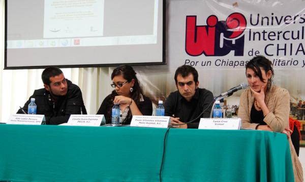 Bajos salarios, horarios extremos y trato degradante colocan a jóvenes en condiciones de semiesclavitud laboral. Foto:  Amalia Avendaño/Chiapas PARALELO