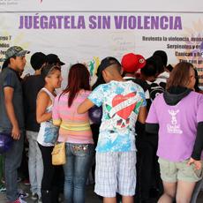 Ser estudiantes de nivel medio superior y superior no exenta a las jóvenes de ser víctimas de violencia de género. Foto: César Martínez/ Cimac-Chiapas PARALELO.