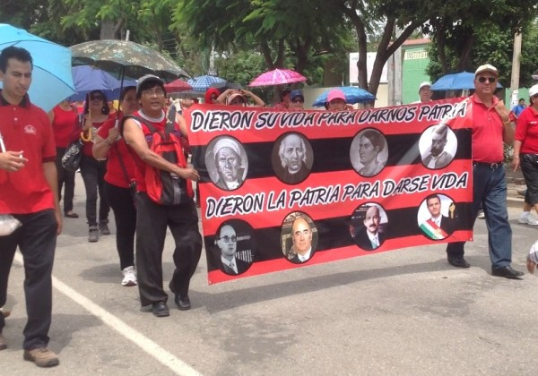 Marcha de maestros de las Secciones 7 y 40 del SNTE. Foto: Isaín Mandujano/Chiapas PARALELO