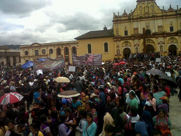 Indígenas acusan a los Collazo de diversos delitos. Foto: Amalia Avendaño/Chiapas PARALELO