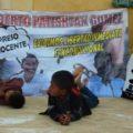 Indígenas ayunan frente a la Catedral de San Cristóbal, también para pedir solución al desplazamiento forzado de habitantes de Chenalhó: Foto: Red de Medios Libres