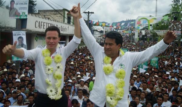 Guirao Aguilar, presume de sus buenas relaciones con el gobernador de Chiapas, Manuel Velasco Coello.