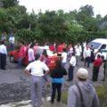 Bloquean paso al personal de TELEVISA en Cacahoatán, cuando intentaban grabar una telenovela en esa región.