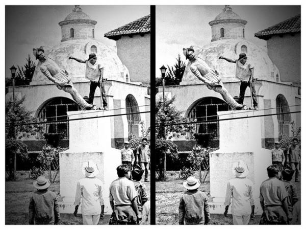 """""""Destacamos la importancia de compartir nuestro pensamiento y participar con nuestra voz y acciones concretas en el destino de nuestro país. Por eso hoy decimos: Aquí estamos"""". Foto: Derribo de la estatua Diego de Mazariegos en 1992, San Cristóbal de las Casas."""