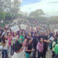 """¡Fueraaa Televisa!"", ""Lárguense de Comitán"", proclamaron estudiantes. Foto: Fredy Martín Pérez"