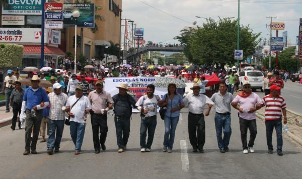 Miembros de la dirigencia del Bloque Democrático de la Sección VII y de la Asamblea Democrática de la Sección 40, ratificaron así su unidad en la lucha magisterial.