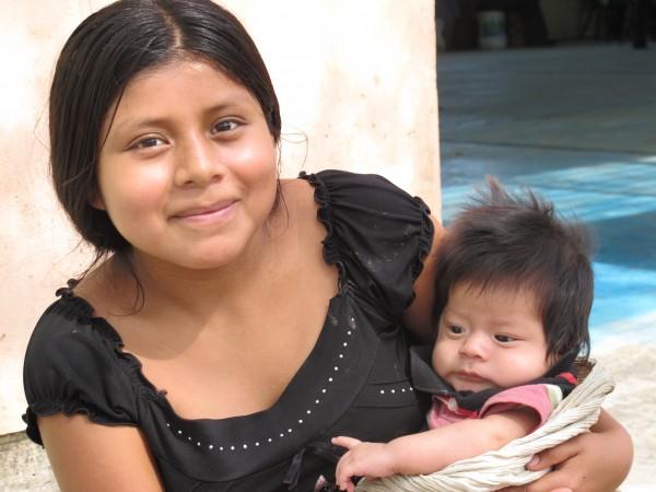 Miles de niñas madres viven en Chiapas. Foto: Ángeles Mariscal/Chiapas PARALELO