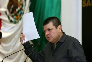 El presidente de la comisión de derechos humanos en el Congreso del Estado, José Albores.