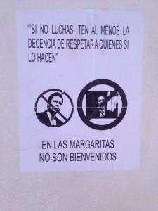 Carteles contra Velasco y Peña Nieto colocados en las calles de Las Margaritas. Foto: Fredy Martín Pérez