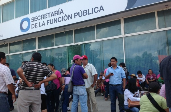 Maestros de la CNTE toman y bloquean la Secretaría de Hacienda, la Secretaría de la Función Pública (SFP) Foto: Isaín Mandujano/Chiapas PARALELO