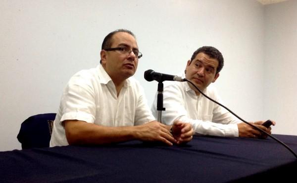 El Dr. Villanueva, miembros del Instituto de Investigaciones Juridicas de la UNAM imparte conferencia magistral en Tuxtla Gutiérrez. Foto: Isaín Mandujano/Chiapas PARALELO