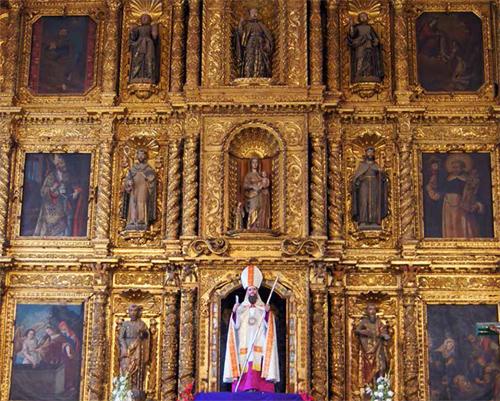 Retablo de de la iglesia de San Agustin de Teopisca. Foto: Amalia Avendaño