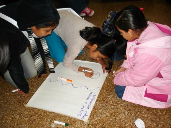 La Red por los Derechos de la Infancia en México (Redim) publicó el lunes un manual que busca visibilizar la situación de las niñas y las adolescentes en nuestro país. Foto: Archivo/Chiapas PARALELO