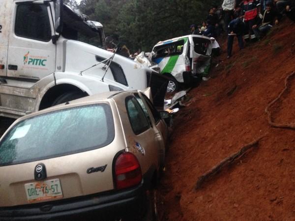 Accidente en Teopisca deja 8 personas fallecidas. Foto: Amalia Avendaño