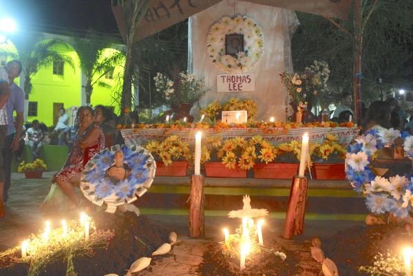 Altar en honor a Thomas Lee. Foto: Magdalena Morales/Chiapas PARALELO