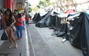 Los campamentos de maestros y maestras seguían hasta este jueves en la plaza central de Tuxtla. Foto: Isaín Mandujano/Chiapas PARALELO