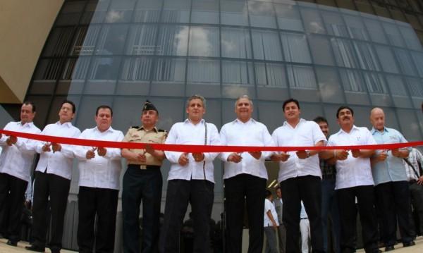 Juan Sabines y su gabinete. Foto: Cortesía