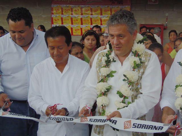 Juan Sabines con Neftalí del Toro. Foto: Archivo