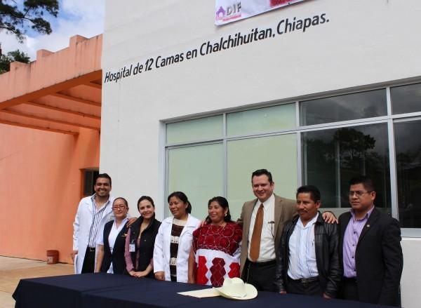33 personas serán operadas en el hospital de Chalchihuitán. Foto: Amalia Avendaño