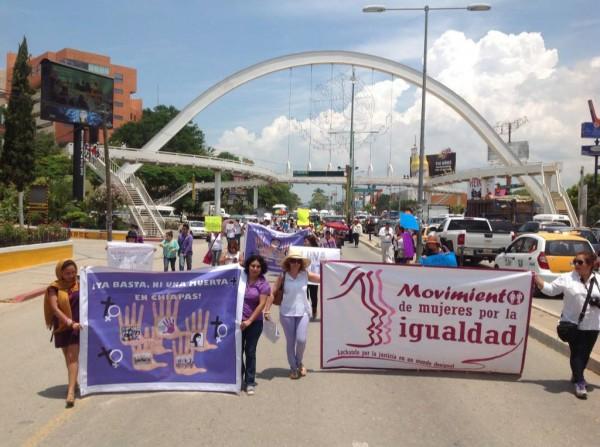 Marcha de mujeres en contra de feminicidios en Chiapas.