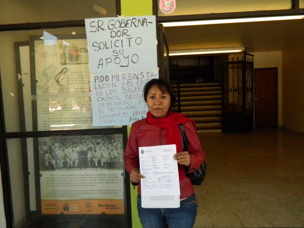 Amalia Rufina Santiago Ambrosio inició una huelga de hambre frente a la alcaldía de Zinacantán. Foto: Amalia Avendaño