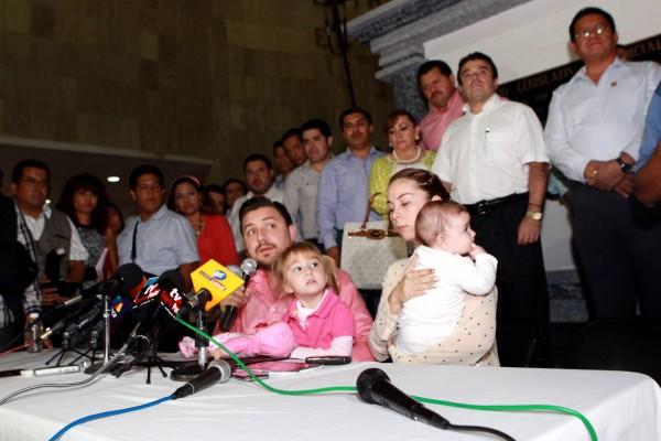 Conferencia de prensa del diputado Fernando Castellanos. Foto: Congreso de Chiapas