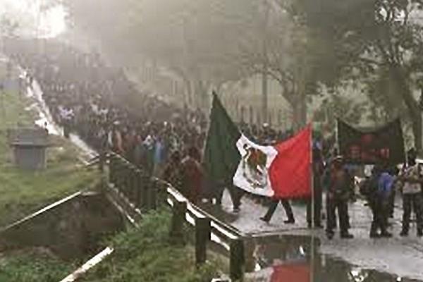EZLN en manifestación el 23 de diciembre de 2012. Foto: Ángeles Mariscal/Chiapas PARALELO