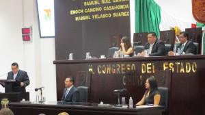 El diputado, Bladimir Balboa dijo que es necesario dejar el despilfarro en campañas publicitarias que caracterizó al gobierno anterior. Foto: Sandra de los Santos/ Chiapas PARALELO.