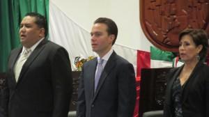 El gobernador del estado, Manuel Velasco asistió al Congreso Local acompañado de la titular de la Sedesol, Rosario Robles Berlanga. Foto. Sandra de los Santos/ Chiapas PARALELO.