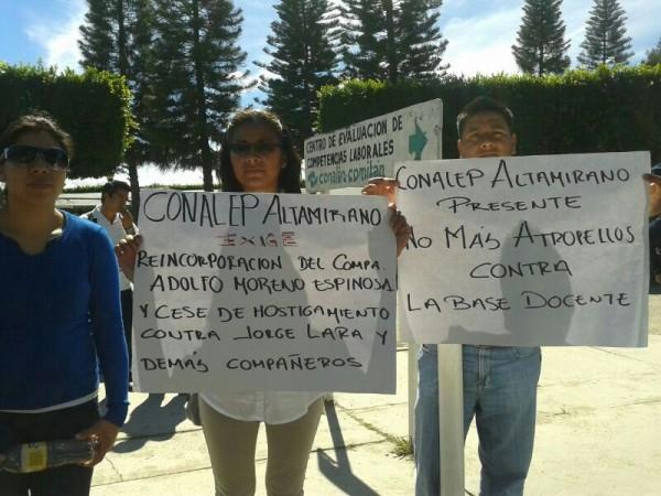 Maestros de SCL y Altamirano se solidarizan con profesor despedido por José Antonio Aguilar Meza, del Conalep Comitán: Foto, Fredy Martín Pérez