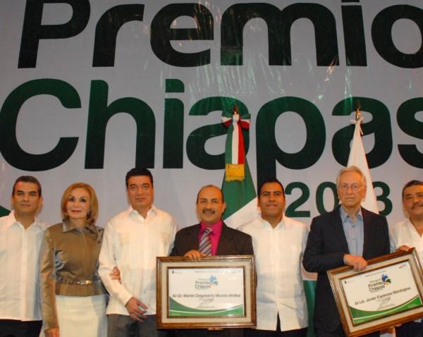 Entrega del Premio Chiapas en el 2013. Foto: Archivo.