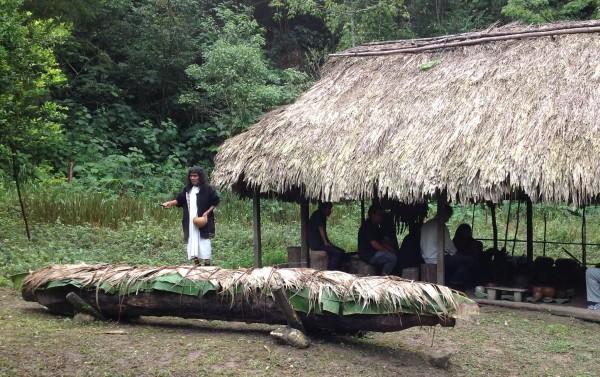 El Viejo Antonio celebró el ritual del balché en su templo sagrado dedicado a los dioses de esa etnia. Foto: Isaín Mandujano/Chiapas PARALELO