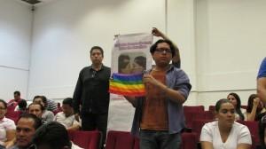 Se manifiestan en el Congreso del Estado. Foto: Sandra de los Santos/ Chiapas PARALELO.