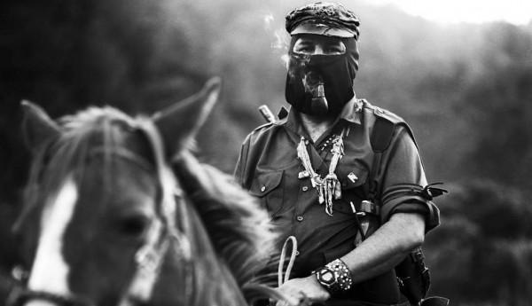 Les el Sub Marcos del EZLN a los dueños de los medios, responder primero a sus trabajadores y a su audiencia/lectores por su papel en estos 20 años. Foto: Raúl Ortega/Chiapas PARALELO
