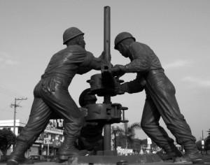 Monumento de perforadores en Poza Rica, Veracruz de presentedelpasado.com