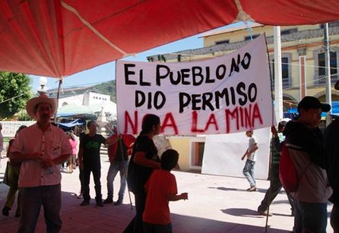 """""""El pueblo no dio permiso a la mina"""". Foto: Radio Expresión"""