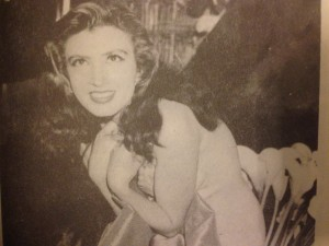 Irma Serrano, foto  del libro A calzón amarrado