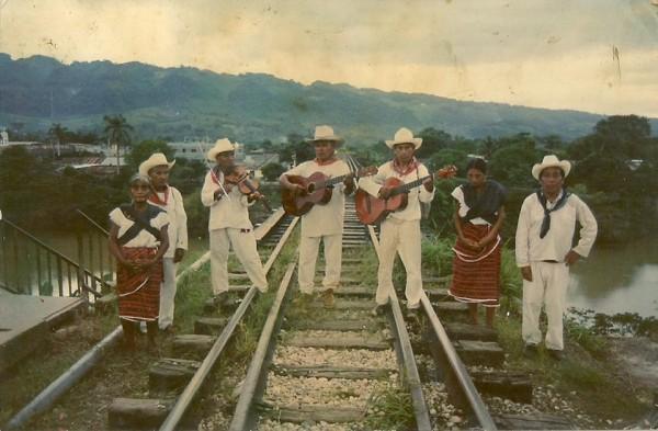 Músicos tradicionales en Ocotepec. Foto: Cortesía Rokero Miguel