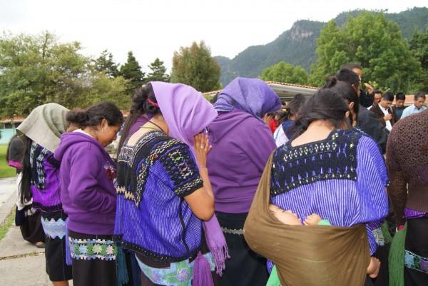 Mujeres desplazadas del Ejido Puebla, municipio de Chenalhó. Foto: Frayba