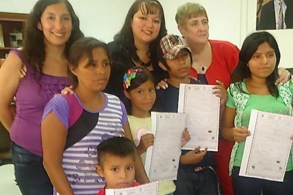 Niñas y niños menores de 18 años pueden obtener su Acta de Nacimiento de manera gratuita. Foto: Amalia Avendaño