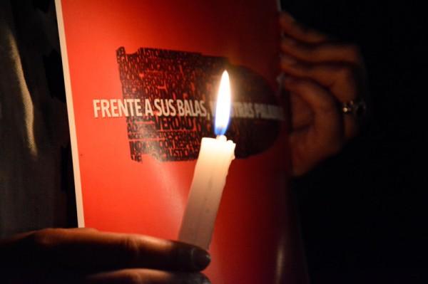 Frente a sus balas, nuestras palabras. Foto: LadoB