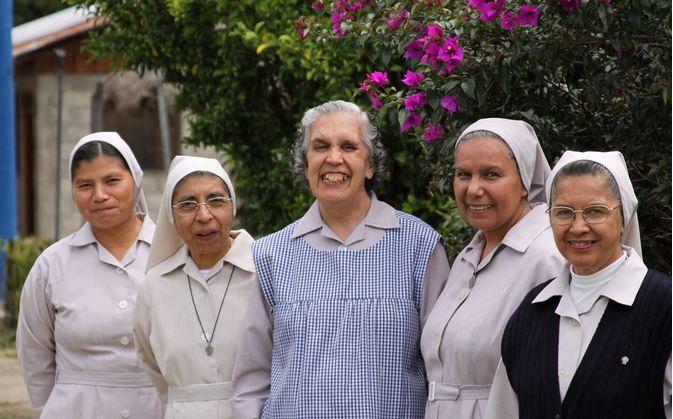 Hospital San Carlos es atendido por religiosas, personal médico y voluntarios. Foto: Cortesía Hospital San Carlos