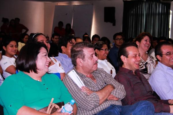Asistieron a la presentación de la página. Foto: Francisco Velásquez/ Chiapas PARALELO.