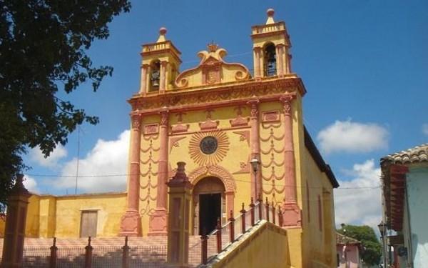 Templo de San Caralampio en Comitán, Chiapas.