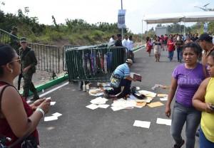 Los indígenas, hombres y mujeres, choles, tseltales y tsotsiles, de esta región, estaban esperanzados que los leyera Peña Nieto. Foto: Mario Gómez/Chiapas PARALELO