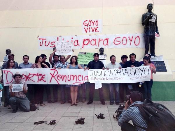 Periodistas de Chiapas unieron su voz para condenar el crimen de Gregorio Jiménez de la Cruz y exigir la renuncia del gobernador de Veracruz, Javier Duarte.